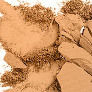 Pressed Powder: C7 MAC Studio Fix Powder Plus Foundation