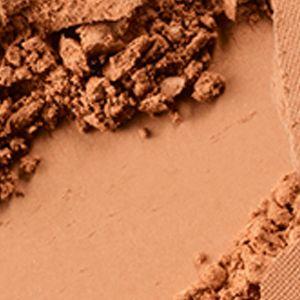 MAC Cosmetics: Medium Deep MAC Pro Longwear Powder/Pressed
