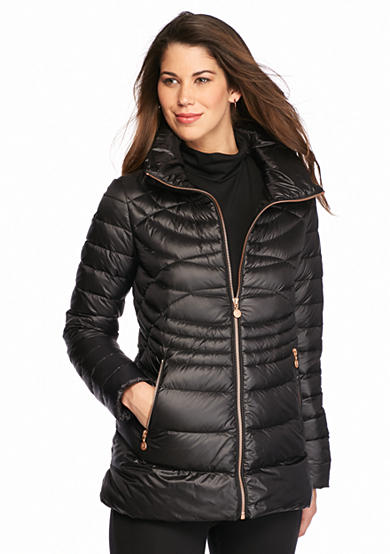 Bernardo Quilted Packable Jacket with Hood