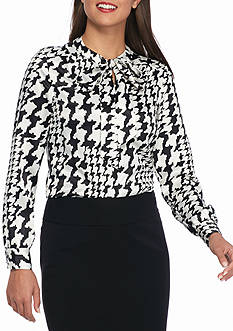 Kasper Long Sleeve Houndstooth Print Blouse