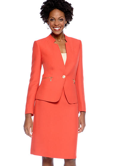 TAHARI™ Crinkle Skirt Suit