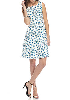 Nine West Starfish Printed Crepe Dress