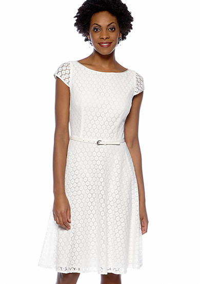 Cap-Sleeved Crochet Belted Dress