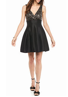 Betsy & Adam Sequin Lace Bodice Empire-waist Party Dress