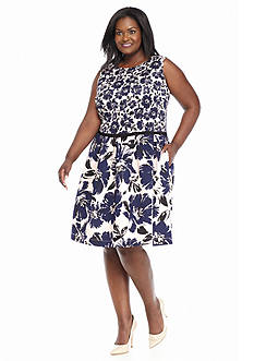 Taylor Plus Size Printed Floral Fit-and-Flare Dress