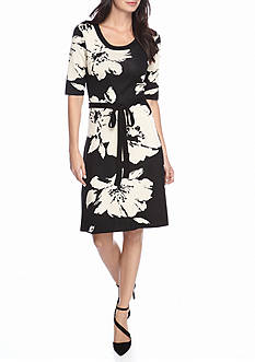 Gabby Skye Floral Printed Sweater Dress