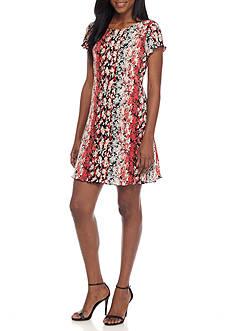 Tiana B Ditsy Printed Shift Dress