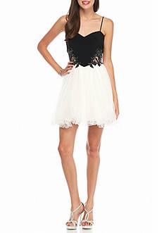 Blondie Nites Bead Embellished Applique Bodice Party Dress