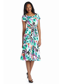 Chelsea Suite Floral Printed A-line Dress