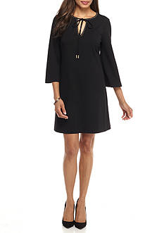 Jessica Simpson Bell-Sleeve Shift Dress
