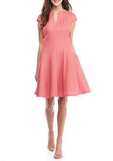 Julia Jordan Short Sleeve V-Neck Fit and Flare Dress