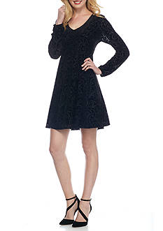 Danillo Boutique Burnout Velvet Trapeze Dress