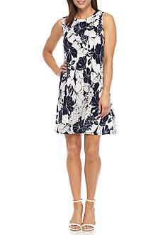 AGB Floral Printed Trapeze Dress