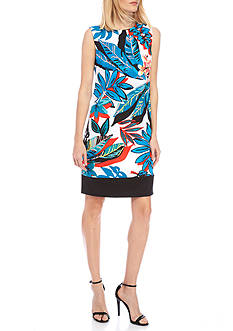 AGB Floral Printed Shift Dress