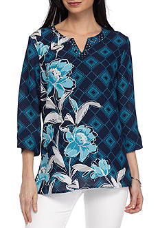 Alfred Dunner Petite Scenic Route Geometric Floral Woven Blouse