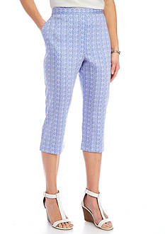 Alfred Dunner Petite Reel It In Seahorse and Seashell Print Capris