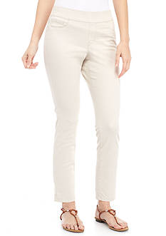Bandolino Petite Size Thea Pull-On Crop Legging Pants