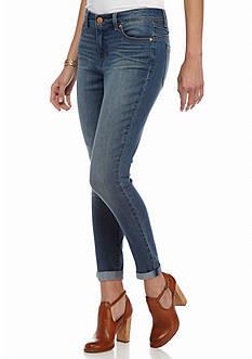 Bandolino Lisbeth Curvy Ankle Jeans