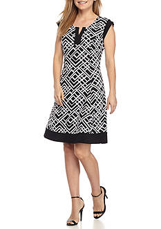 Kim Rogers Petite Size Cap Sleeve Split Scoop Neck Dress