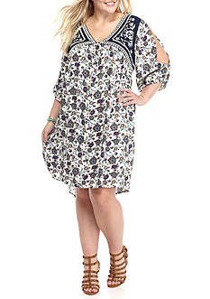 Eyeshadow Plus Size Embroidered Yolk Paisley Dress