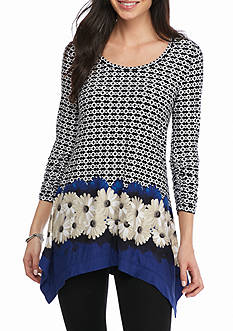 Grace Elements Flower Shark Bite Top