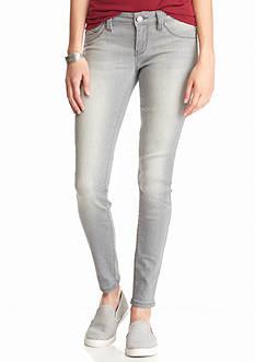 YMI Wanna Betta Butt Pocket Skinny Jeans