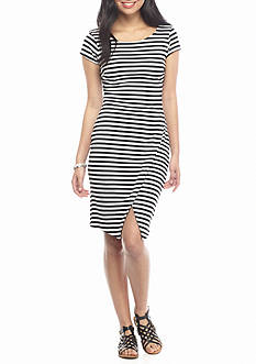 KELLY RENE Short Sleeve Wrap Dress