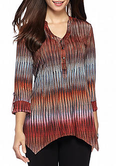 New Directions Petite Size Wavy Pleat Sharkbite Top