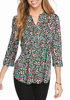 New Directions Petite Size Pucker Front Top