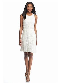 Willow and Clay Lace Shift Dress