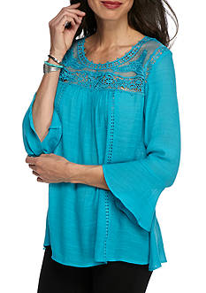 New Directions Lace Yoke Solid Laundered Slub