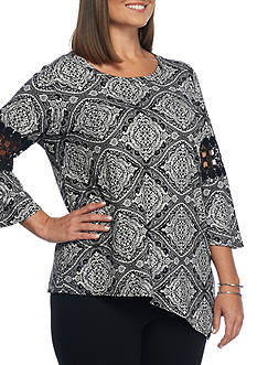 New Directions Plus Size Crochet Sleeve Inset Top