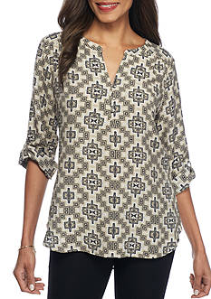 Kim Rogers 3/4 Sleeve Split neck top