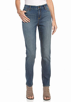 New Directions Weekend Petite Slim Straight Jean