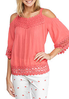 Crown & Ivy™ Cold Shoulder Crochet Trim Top
