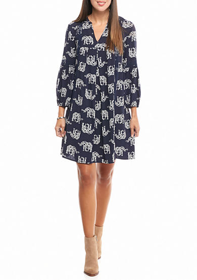 crown & ivy™ Printed Crochet Swing Dress