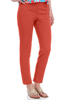 Crown & Ivy™ Woven Crop Length Pant