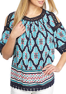 Crown & Ivy™ Print Cold Shoulder Top