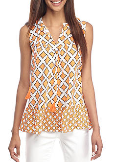 Crown & Ivy™ Print Pintuck Tassel Top