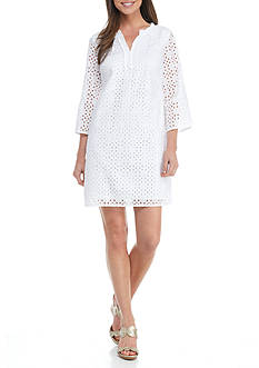 Crown & Ivy™ Petite Solid Eyelet Dress