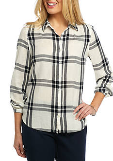 Crown & Ivy™ Petite Plaid Button Front Shirt