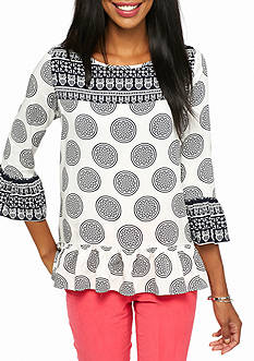 crown & ivy™ Petite Medallion Print Buttonback Top