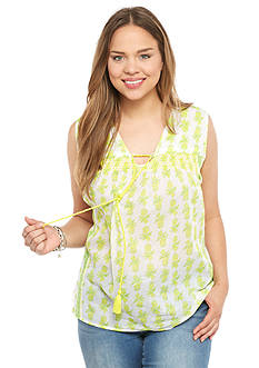 crown & ivy™ beach Plus Size Smock Neck Printed Top