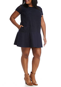 Crown & Ivy™ Plus Size Floral Lace Dress
