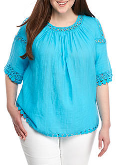 Crown & Ivy™ Plus Size Textured Cold Shoulder Top
