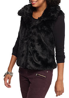 Rampage Cropped Collar Faux Fur Vest