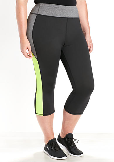 be inspired® Plus Size Color Blocked Capris