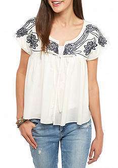 Esley Embroidered Shoulder Top
