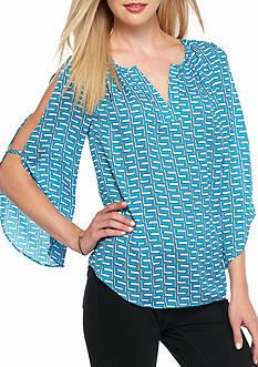 Kaari Blue™ Geo Key Split Sleeve Top
