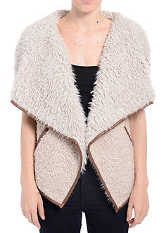 Romeo & Juliet Couture Sherpa Vest